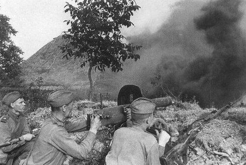 можно почитать небольшой познавательный материал на тему пулеметов Красной Армии в Великой Отечественной Войне.