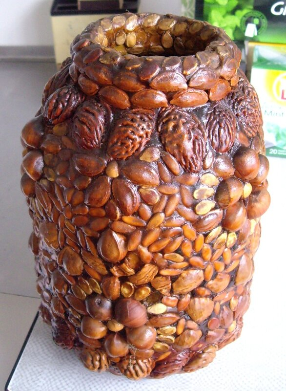 поделки из косточек фруктов фото пискун отличается