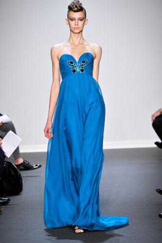 Платья с пышной юбкой от Bottega Veneta, Chanel, Dennis Basso.