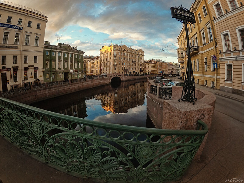 http://img-fotki.yandex.ru/get/4214/aoristos.e/0_39845_912814c6_XL.jpg