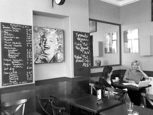 """""""zen cafe"""" на улице Виктуар"""