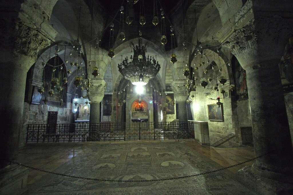 9736-Jerusalem-Church_of_the_Holy_Sepulcher-The_Chapel_of_St.jpeg