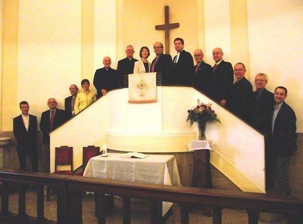 Члены методистской церкви, принятые Франциском в Ватикане (Фото Радио Ватикана).jpg