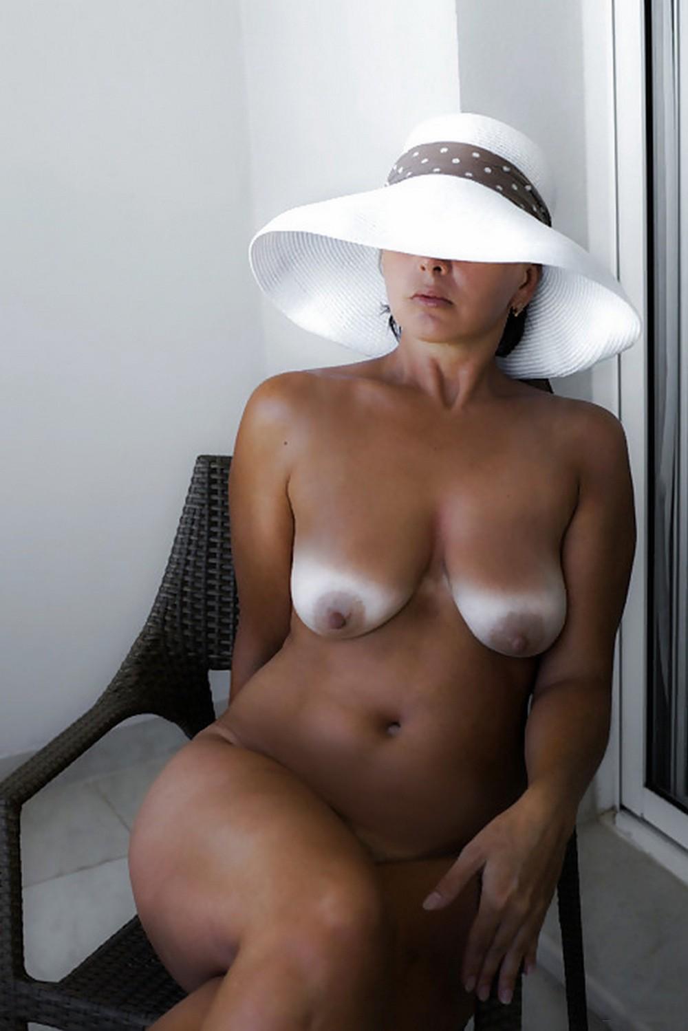 Следы от загара на голом теле порно фото 12 фотография