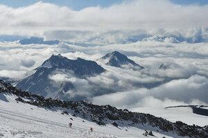 Эльбрус. Вид с высоты 4200 м