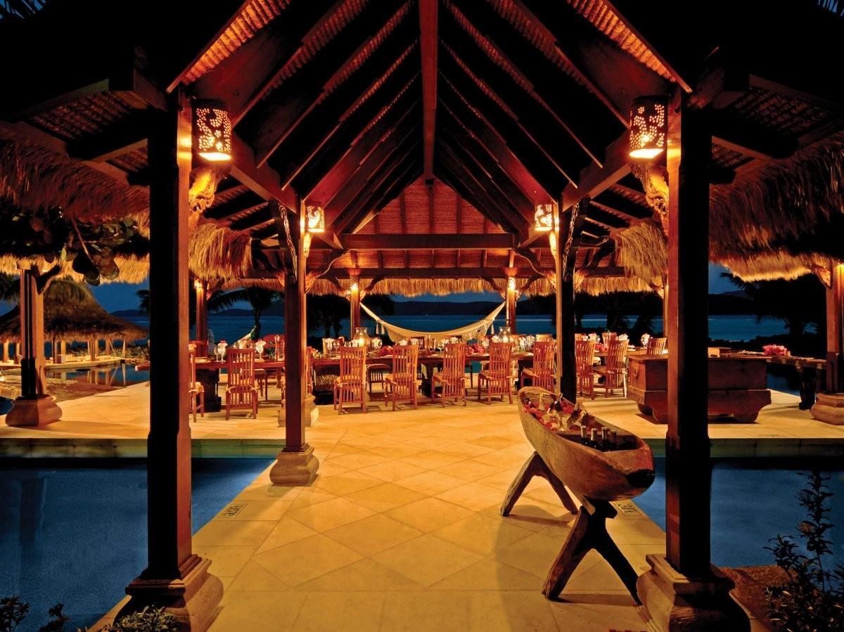 77. Проведите ночь в роскошном отеле Caribbean Retreat на острове Некер.