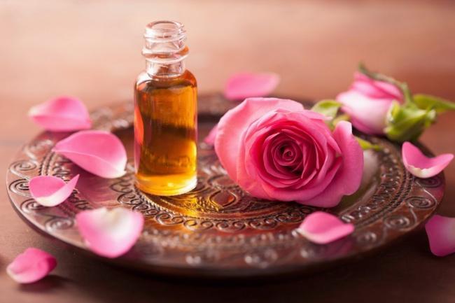 7. Роза Аромат розы помогает устранить чувство скованности, замкнутость. Способствует внутренней гар