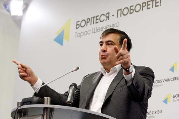 Саакашвили грозится посадить Коломойского: «Ядостану иизШвейцарии, иизМалайзии»