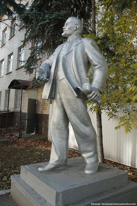 32. Улица Буракова. д8. Ленин. 10.10.16.03..jpg