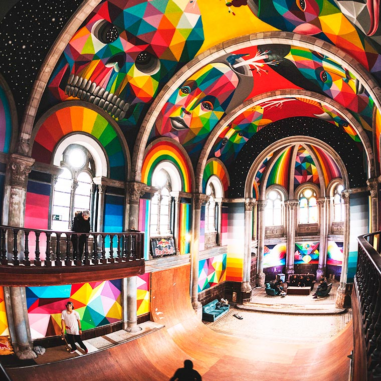 Street Art – When Okuda decorates an old church transformed into a skate park (11 pics)