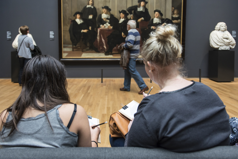 An Amsterdam Museum Asks Visitors to Trade Their Selfie Sticks for Pencils and Paper