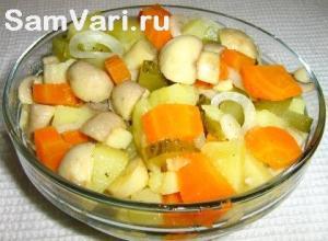 Зимний салат с маринованными шампиньонами