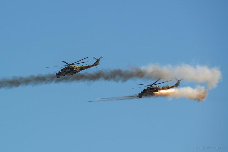 Миль Ми-24П (RF-91074 / 03 красный) ВКС России 1200_D806420
