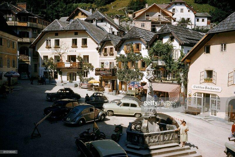 1960 Hallstatt, Salzkammergut Region, Austria.jpg