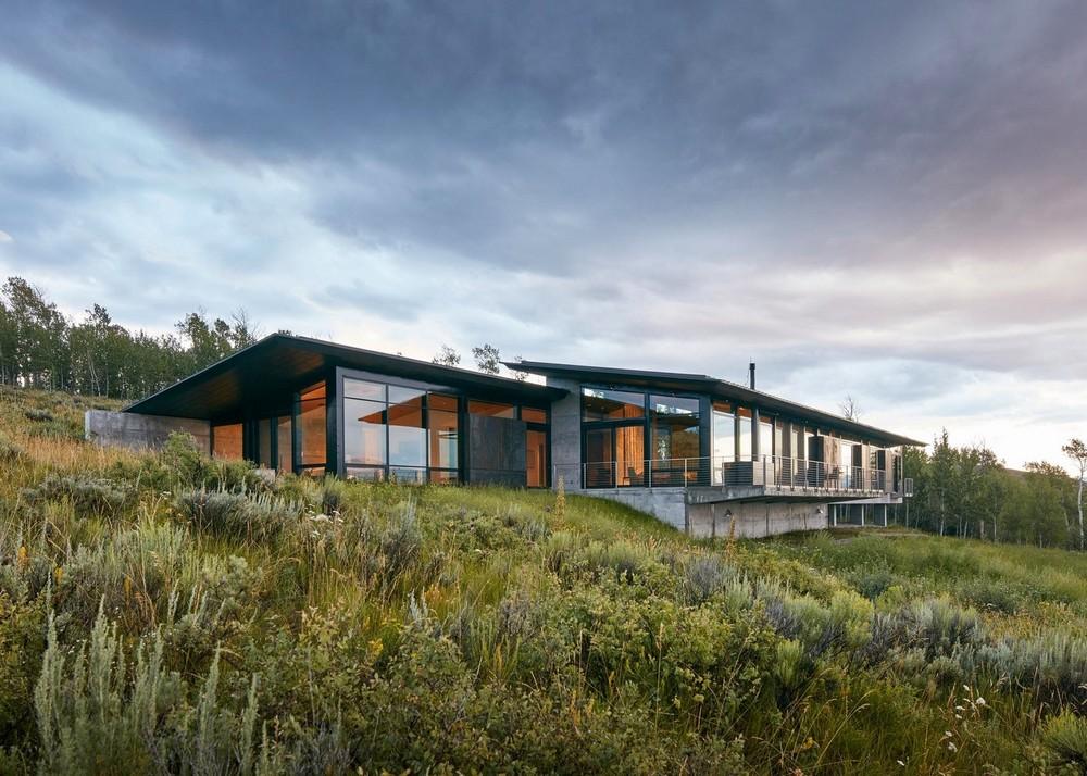 Дом с видом на горы в США