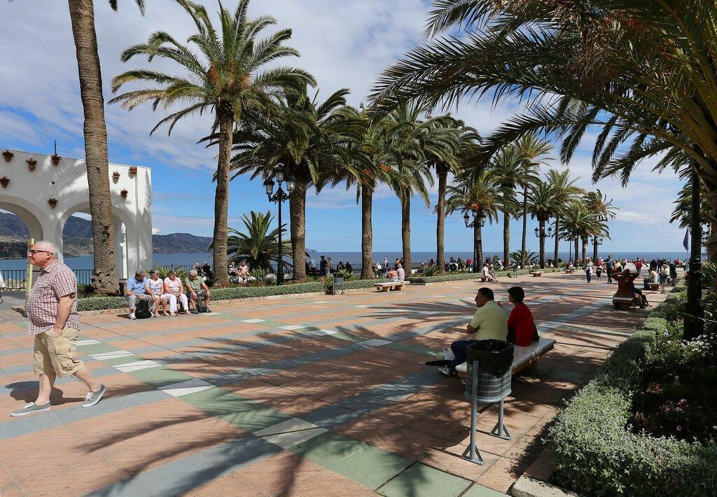 Нерха. Бульвар Балкон Европы (Plaza Balcón de Europa)