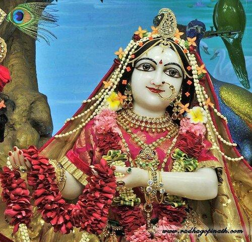 Божество Чоупати, Мумбай, Индия - Шримати Радхарани