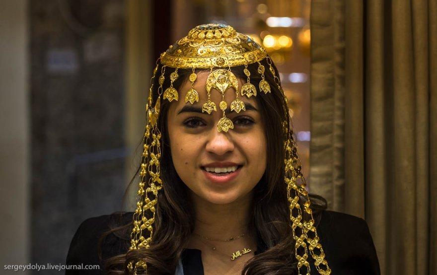 15. Зато кувейтские свадебные украшения настолько богаты, что позавидуют самые продвинутые цыганские
