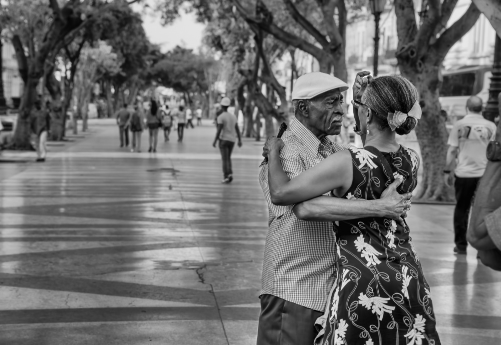 Куба— страна зажигательных танцев имелодий. Танцевать можно везде ивлюбом возрасте. Главное— де