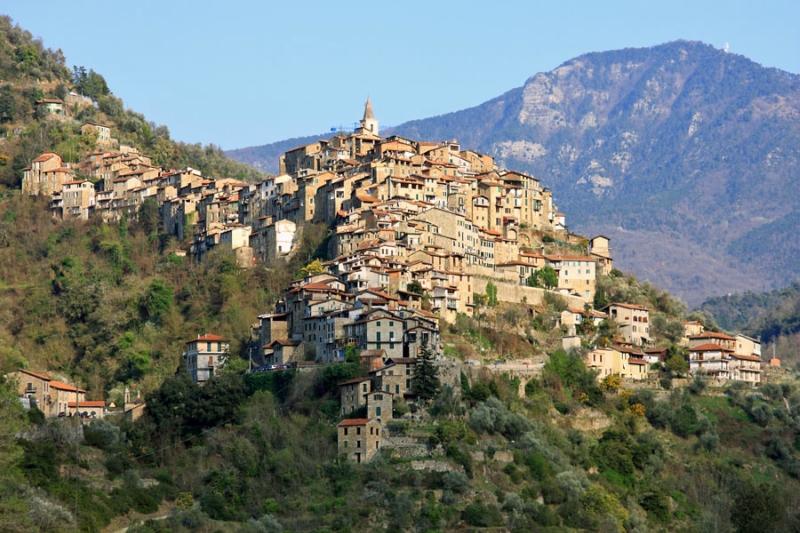 Самые красивые деревни Италии, Априкале