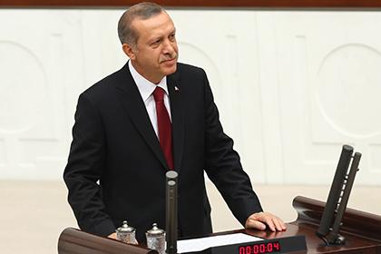 Эрдоган лишил неприкосновенности депутатов парламента