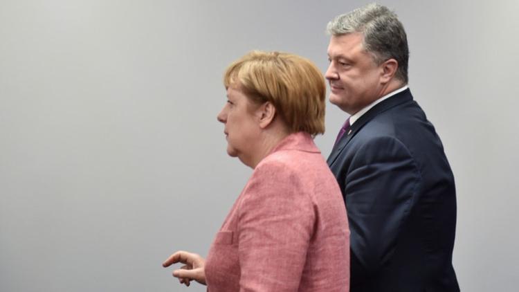 Переговоры Порошенко иМеркель: канцлер ФРГ обнадежила «безвизом»