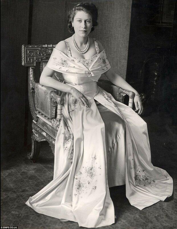 Elizabeth II, 1937