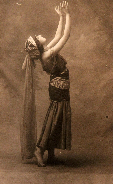 �.�. ������ - ������� ��������. 1911. ����� �������� ����������, ���������� �����-�����. �����-������������� ��������������� ����� ������������ � ������������ ��������� �������� �������: aldusku.livejournal.com