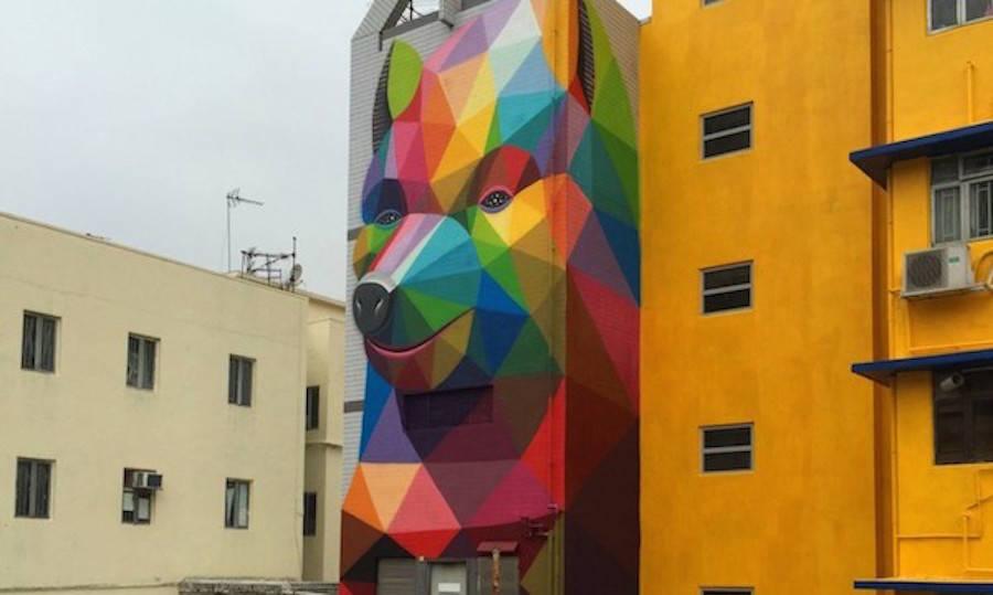 Impressive Geometric Bear Mural (3 pics)