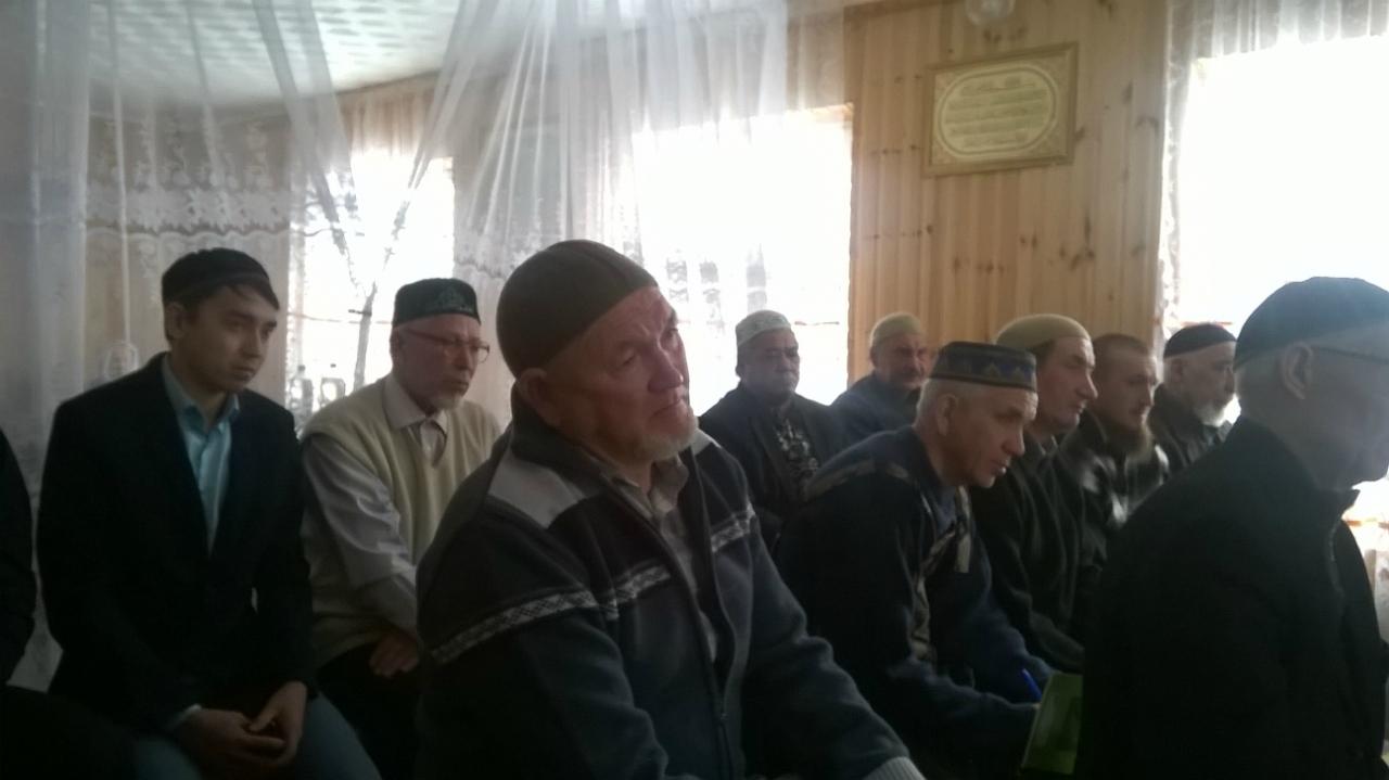 собрание имамов в М. Баик.jpg