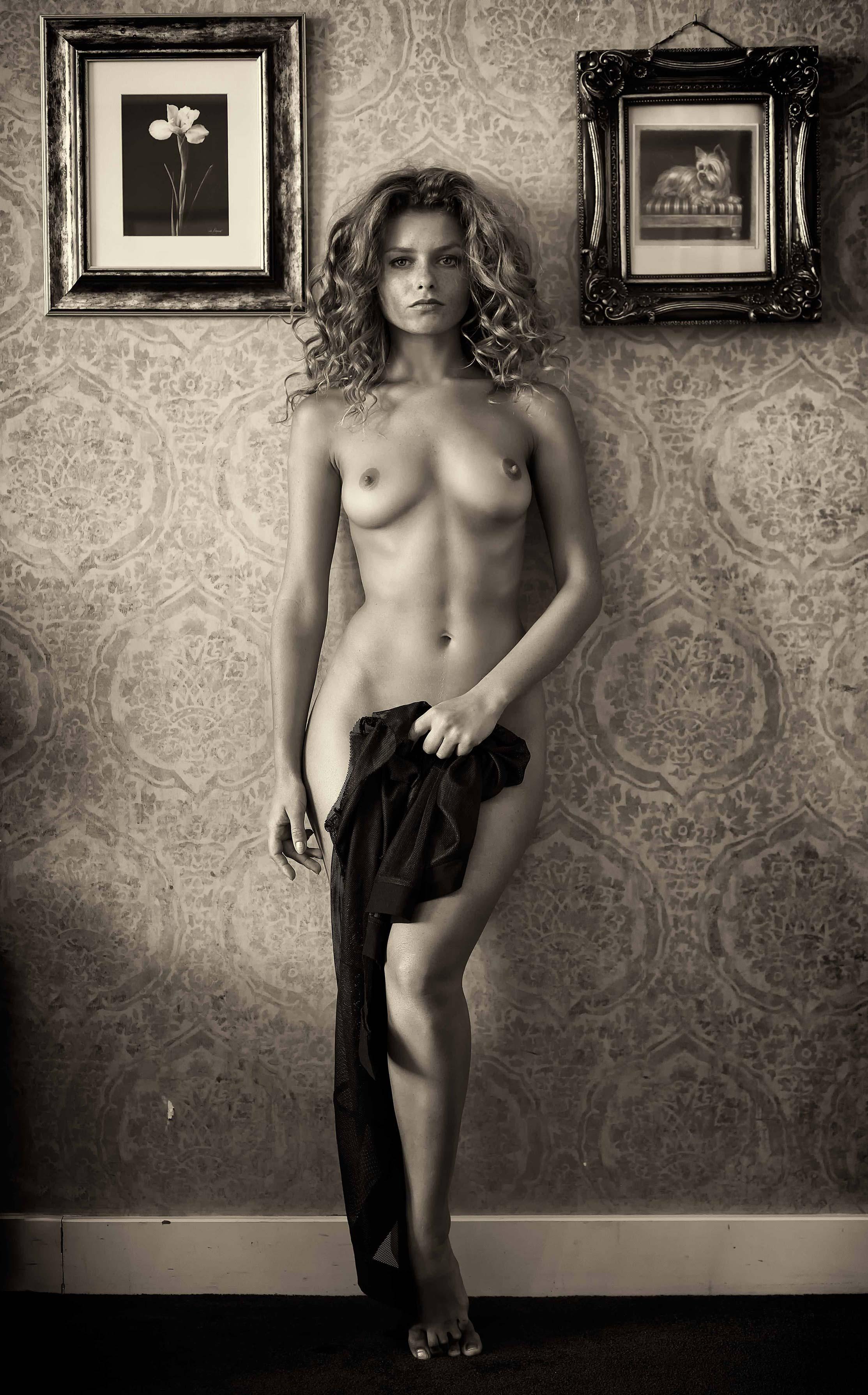 Юлия Ярошенко / Julia Yaroshenko nude by Ben Ernst