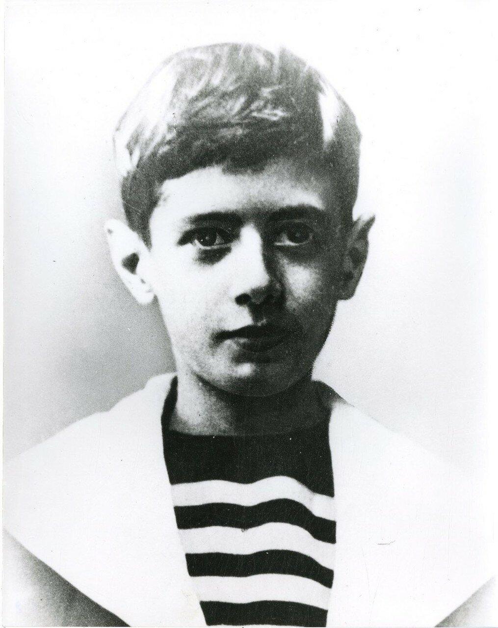 Шарль де Голль в фотографиях