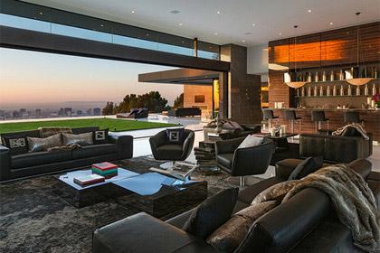 Стеклянный дом Лос-Анджелесе