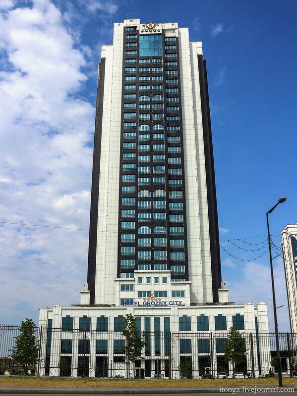 Грозный,width=600 height=800 экскурсия, Кавказ, Грозный, город республика, Чеченская Чечня, путешествие, Грозный-сити