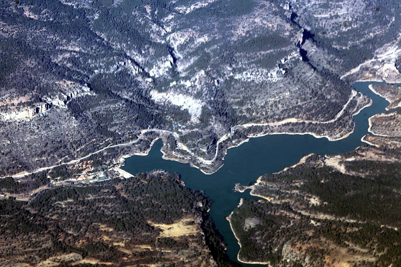 Contreras reservoir, view from an airplane