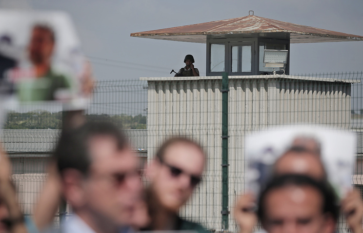 ВТурции изтюрем освободят 38 тыс. человек