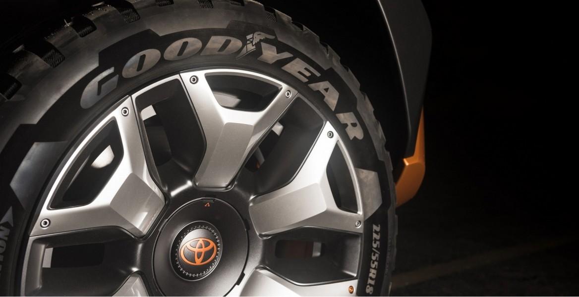 Тойота вНью-Йорке покажет преемникаFJ Cruiser