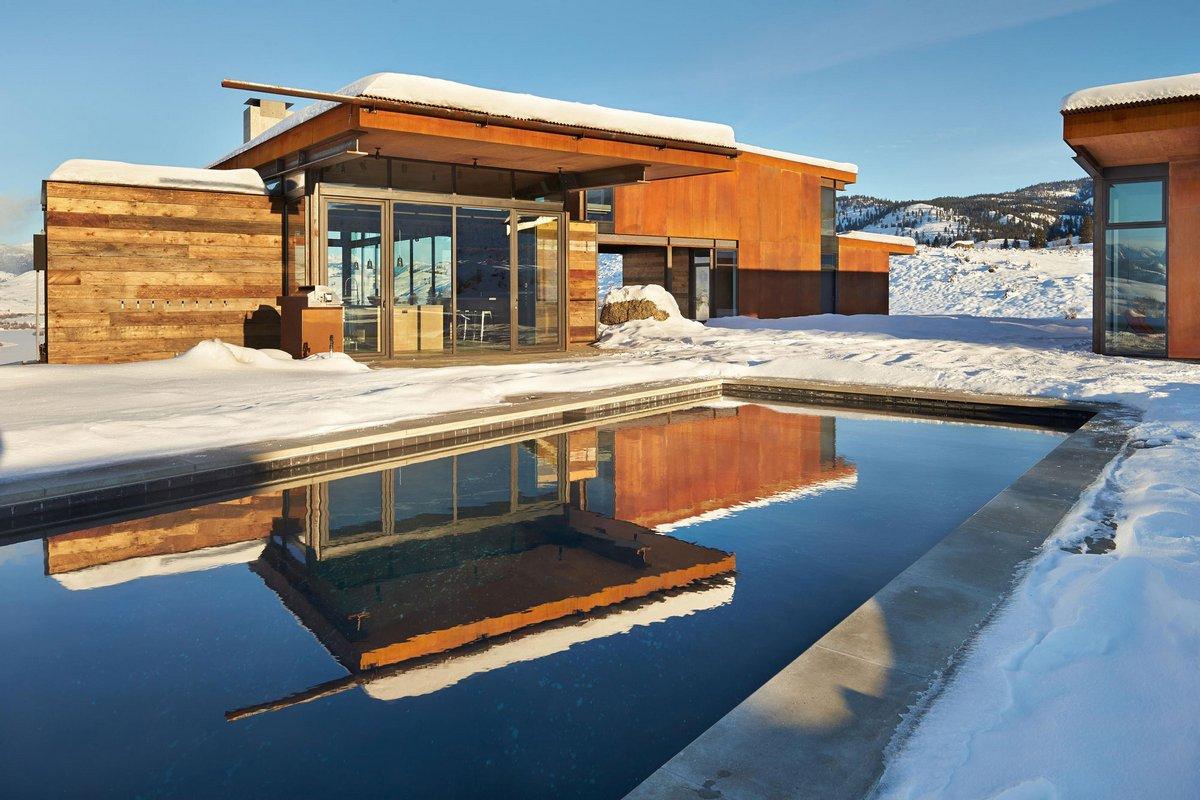 Studhorse, Olson Kundig, панорамное остекление в холодном климате, красивые частные дома фото, частный дом на фоне дикой природы фото