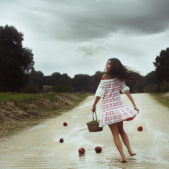 Surreal Photography by Rebeca Cygnus