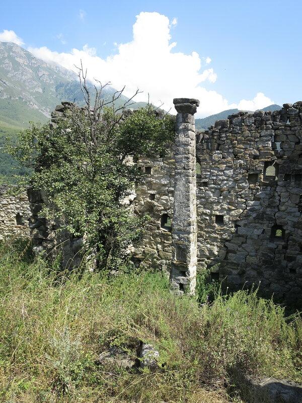 Опорный столб жилой башни, Харпе