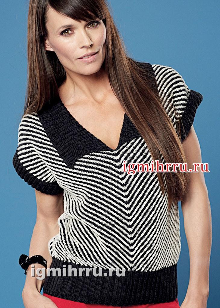 Черно-белый пуловер с диагональными полосками. Вязание спицами