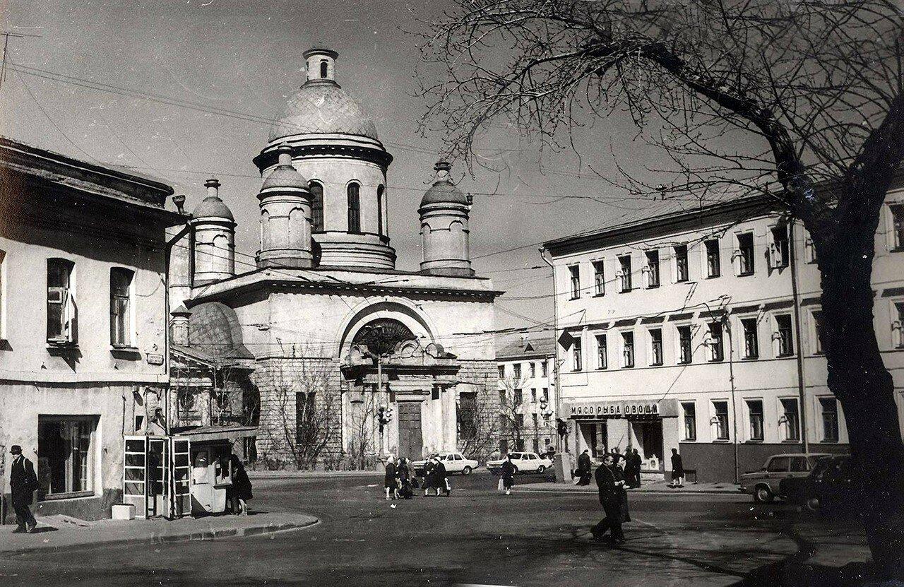 589852 Площадь Прямикова (Андроньевская площадь) 81 Александр Рубинин.jpg