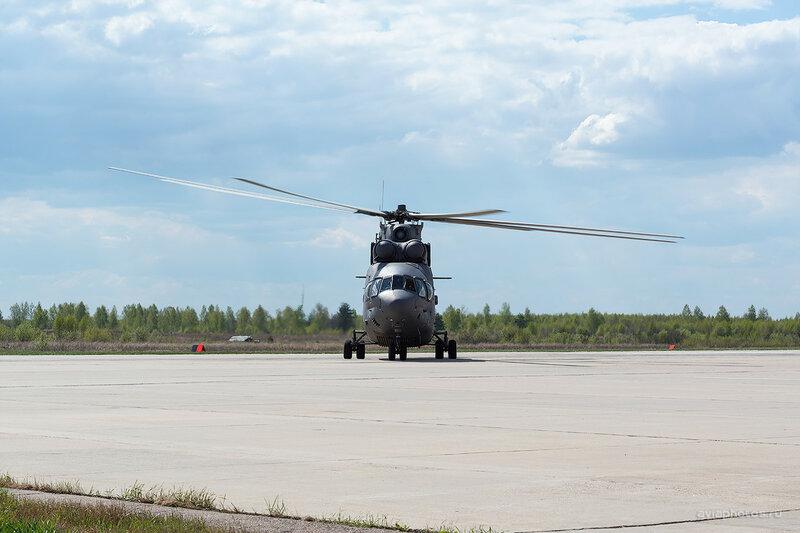 Миль Ми-26 (RF-95570 / 11 желтый) ВКС России D803363