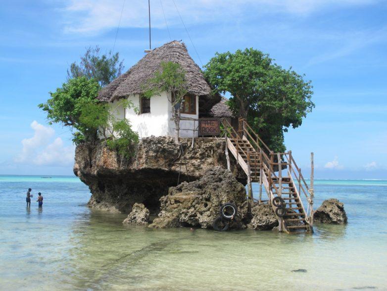 1. Ресторан The Rock («Скала»), Занзибар, Танзания