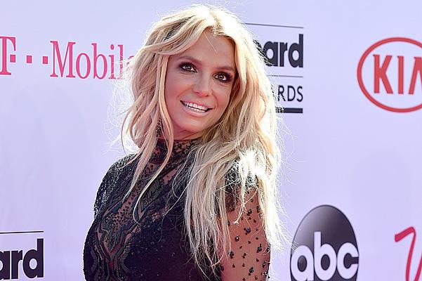 Адель стала владелицей основной награды нацеремонии Billboard Music Awards