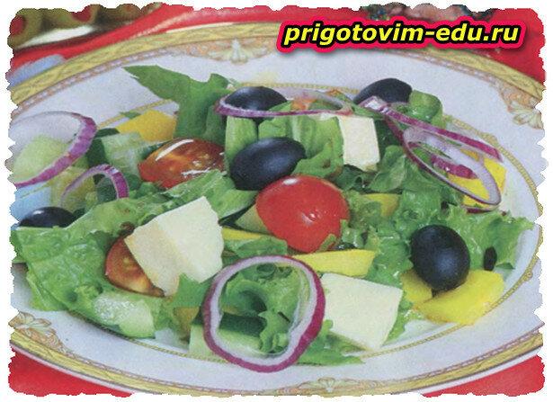 Греческий салат «Хорьятики»