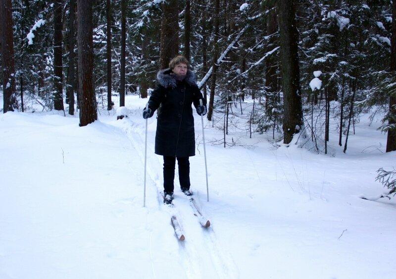 лыжню так и не нашла...