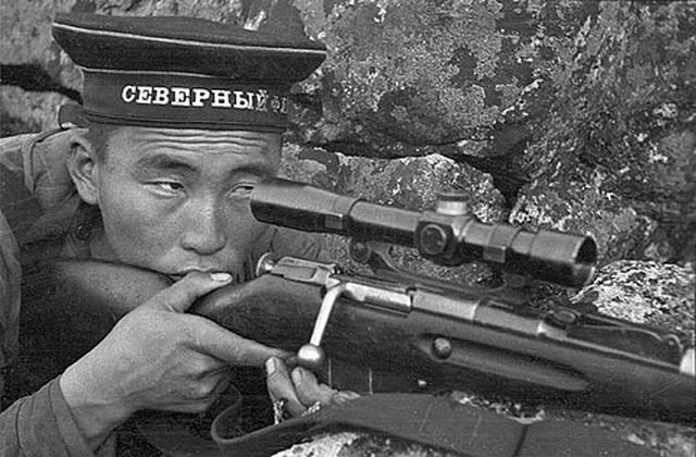 Радна Аюшеев. Северный флот не мажет.jpg