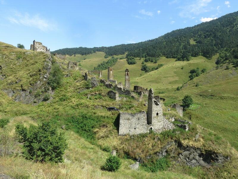 Башни селения Лялах