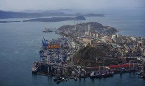 Владивосток - морской торговый порт3.jpg